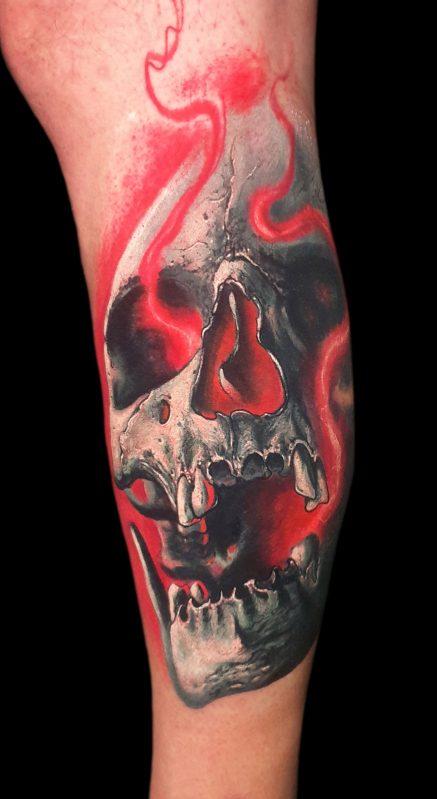luz roja tattoo